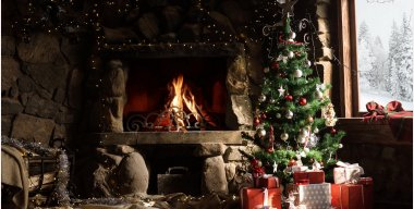 Christmas Cabin Tree Live Wallpaper